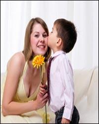 Prikolnie-SMS-pozdravleniya-s-dnyom-materi-v-stihah-Chast-1